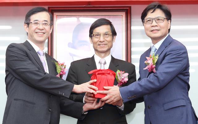 新任教育部部長葉俊榮上任交接典禮