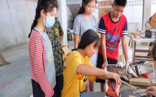 青年海外志工愛在泰北,就「匠」做