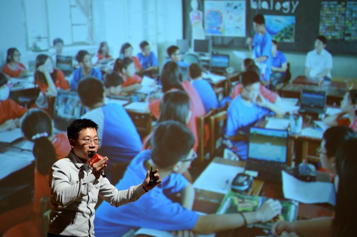 圖1:鍾昌宏靠著「分享」維持他對創新教學的熱度_大圖