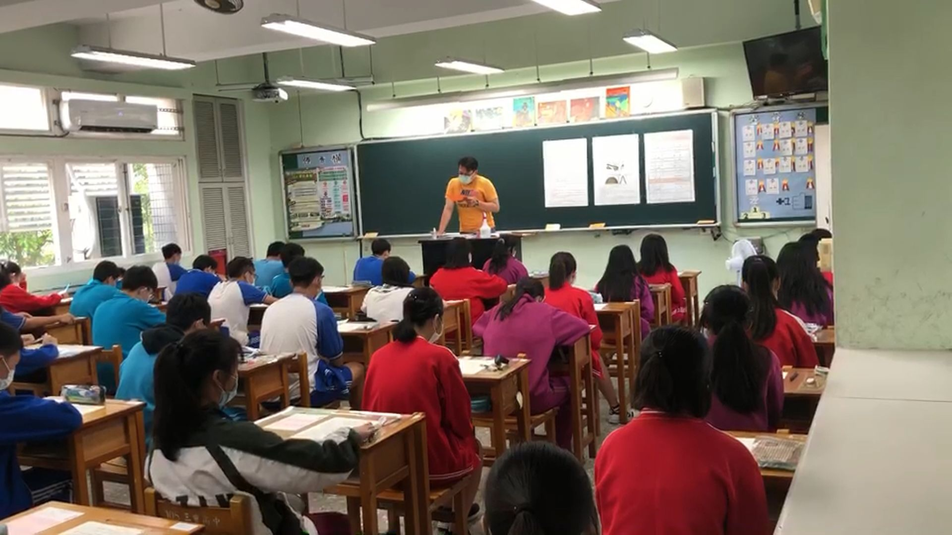 國中教育會考 試場照片1_大圖